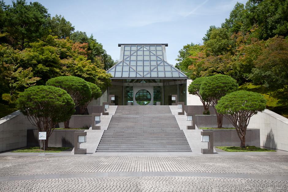 取材自 http://www.designmuseum.me/design-museums-and-art-centers/the-wonderful-miho-musuem-art-and-building-in-harmony/